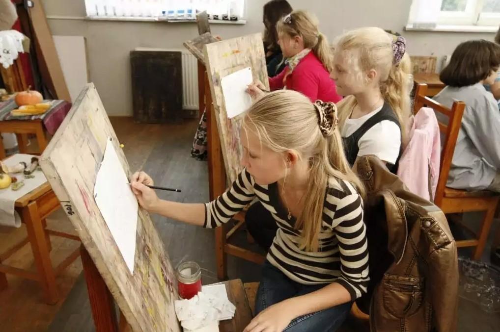 Обучение рисованию в станице Марьянская. Академический рисунок