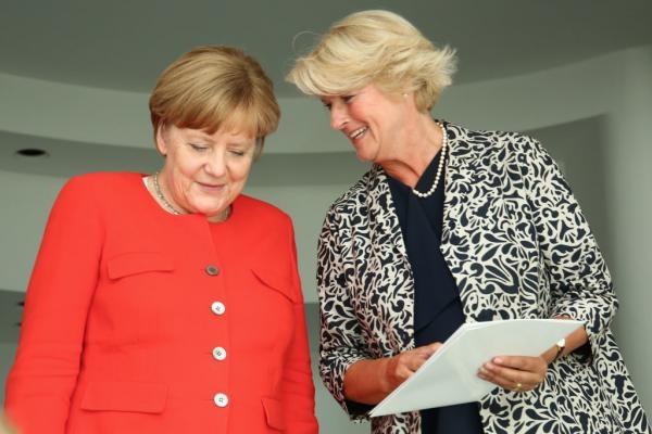 Германия выделит в помощь малому бизнесу €50 млрд. Первые в очереди — художники?                             ARTinvestment.RU27 марта 2020