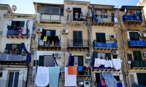 Итальянцы готовят флешмоб с песнями из окон в ответ коронавирусу