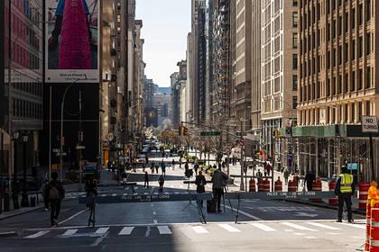 В Нью-Йорке зараженные коронавирусом начали умирать каждые 17минут