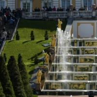 Запуск фонтанов в Петергофе перенесли из-за ситуации с коронавирусом