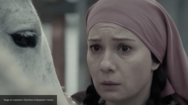"""Хаматова рассказала, как хотела отказаться от роли в """"Зулейхе"""""""