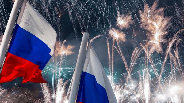 Музей Победы создаст онлайн-мозаику из флагов ко Дню России