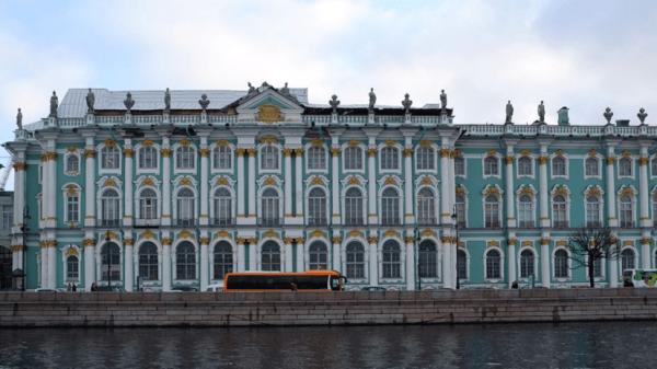 В Эрмитаже рассказали о подготовке музея к открытию