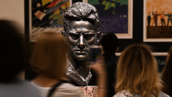 В музеях разрешат экскурсии для групп не более пяти человек