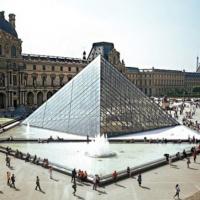 Бывший куратор Лувра задержан в рамках расследования по делу о нелегальном обороте древностей