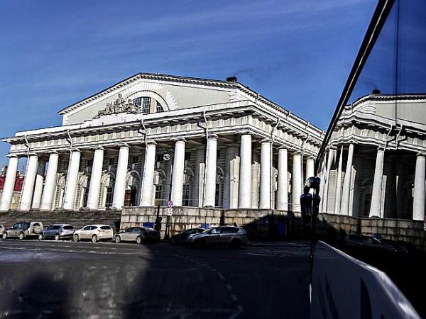 Эрмитаж возобновляет реставрацию здания Биржи