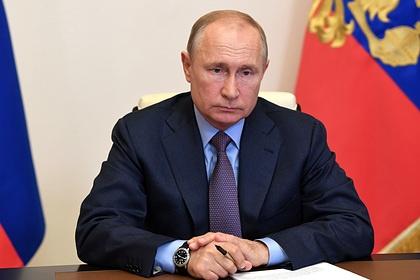 Путин удвоил детские пособия