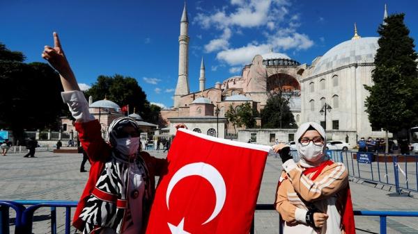 «Мы должны сохранить наследие»: в Анкаре ответили на критику по поводу смены статуса Айя-Софии