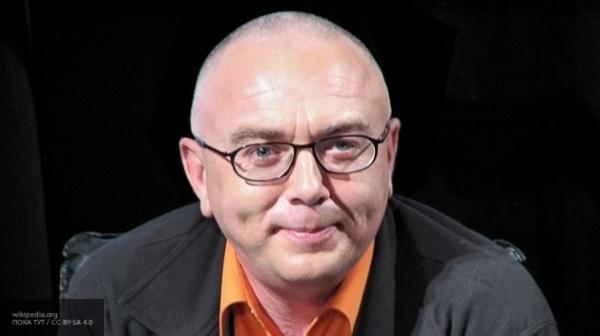 """Журналист рассказал в Twitter о домогательствах ведущего """"Дождя"""" Лобкова"""